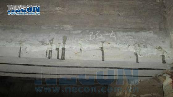 Dầm dọc bị nứt vỡ- cảng Vedan Đồng Nai